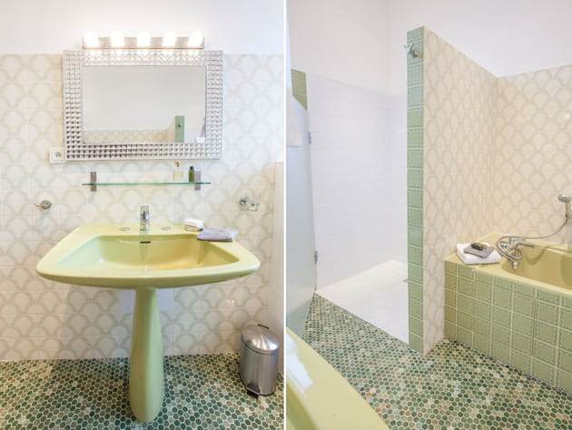 Salle de bains vert d'eau