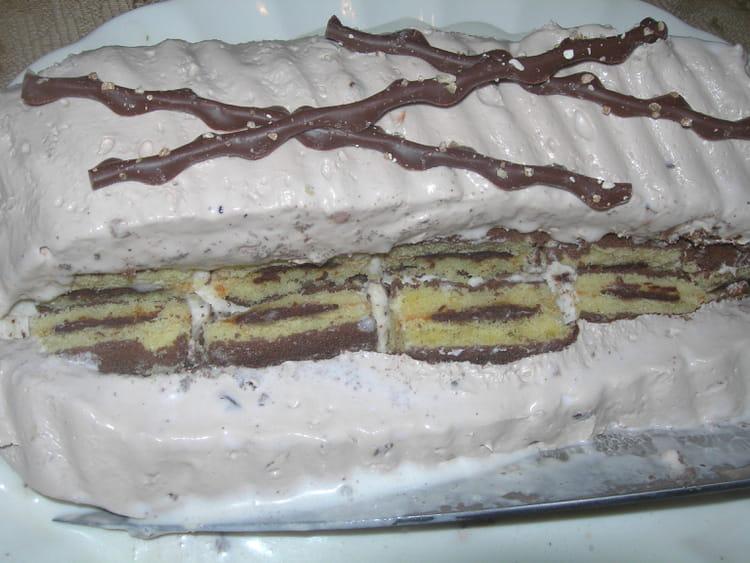 Recette de Gâteau génoise glacé presque parfait : la recette facile