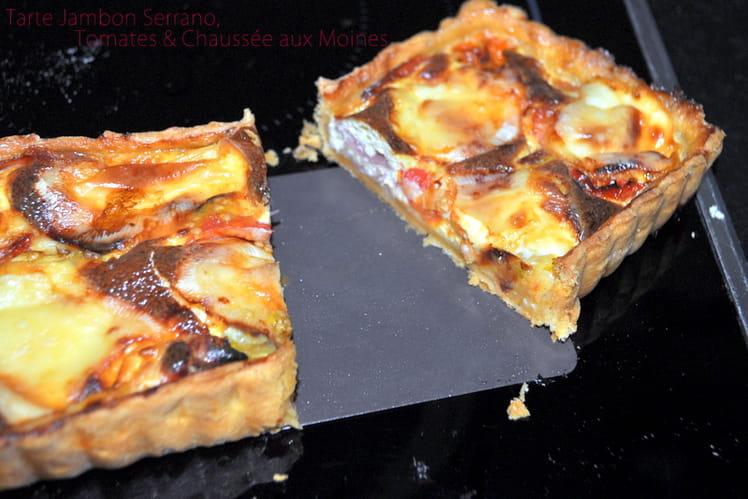 Tarte jambon serrano, tomates cerises et Chaussée aux moines