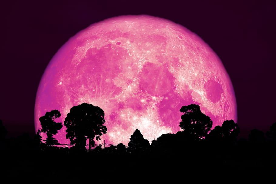 Super lune rose: encore une nuit pour l'admirer!