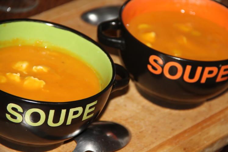 Velouté de courge butternut et carottes aux ravioles du dauphine