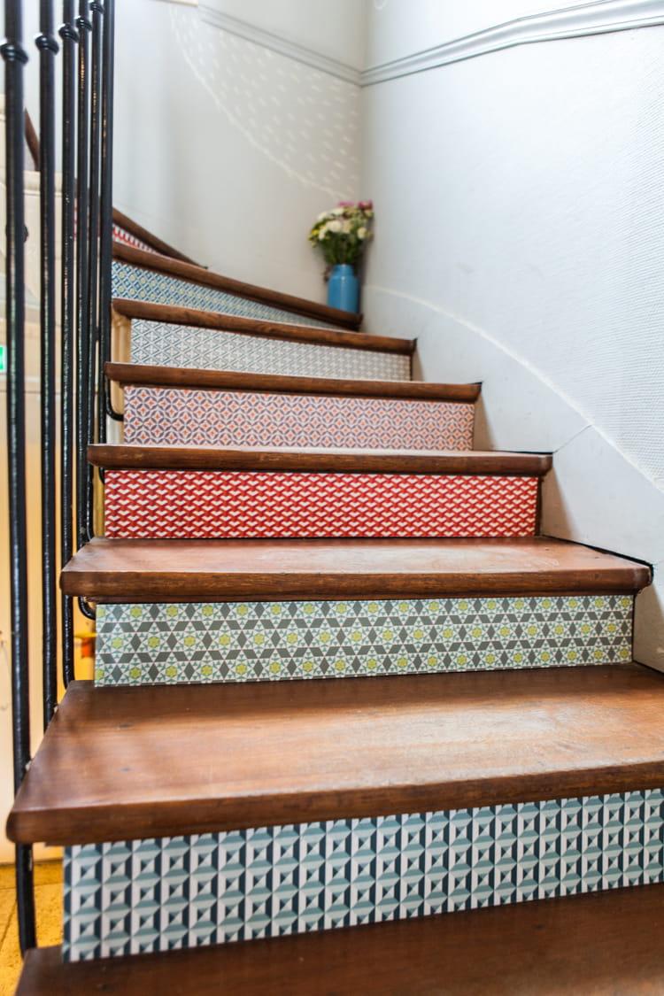 relooker un escalier en bois fashion designs. Black Bedroom Furniture Sets. Home Design Ideas