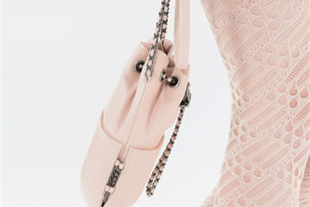 Chanel (Close Up) - photo 27