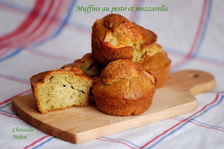 Muffins au pesto et mozzarella