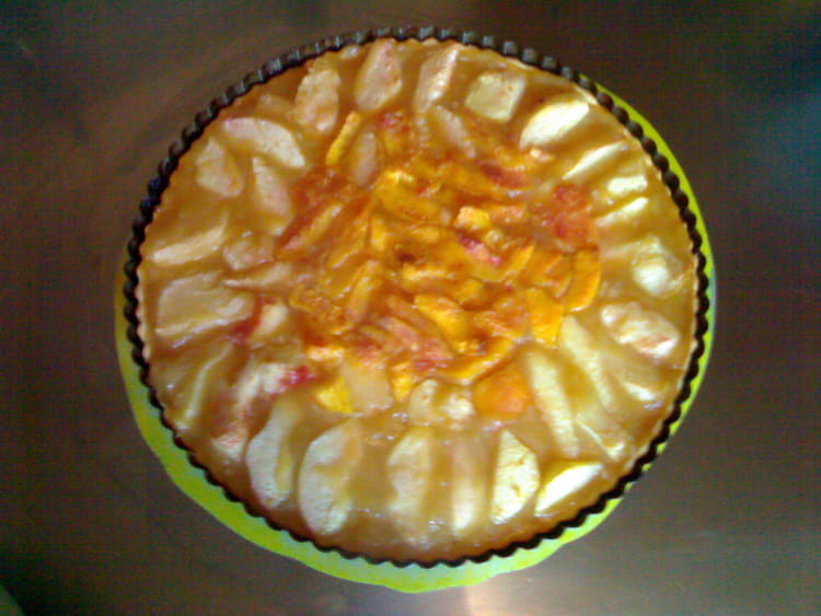 recette de tarte compote de pomme vanille et nectarines la recette facile. Black Bedroom Furniture Sets. Home Design Ideas