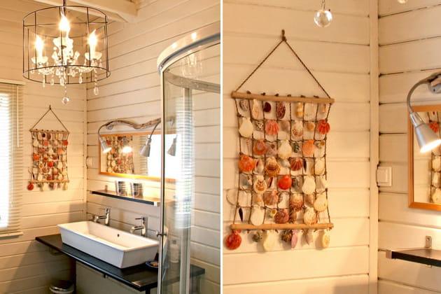 lustre pampilles et filet de coquillages. Black Bedroom Furniture Sets. Home Design Ideas
