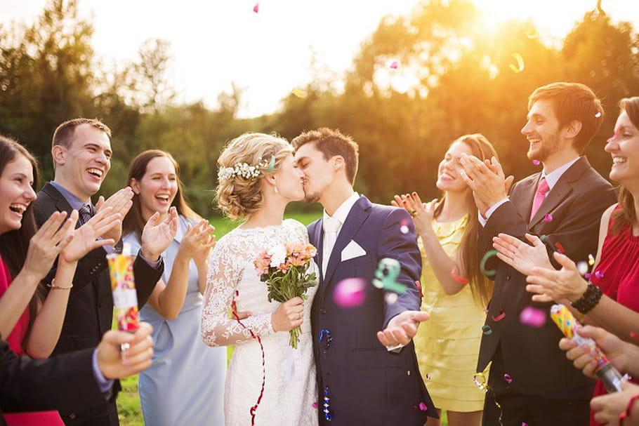 Comment se déroule un mariage laïque ?