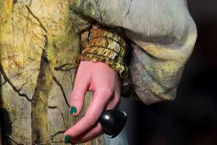 Jean Paul Gaultier (Close Up) - photo 36