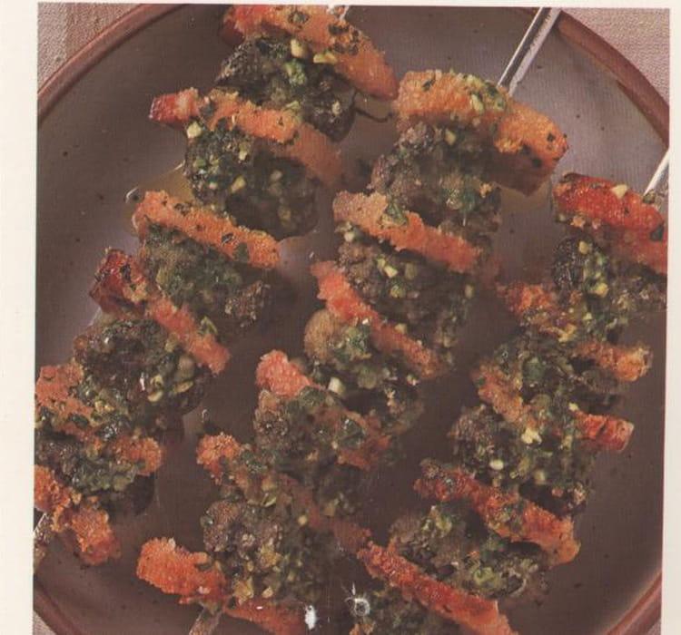 Recette escargots en brochettes la recette facile - Cuisiner les escargots ...