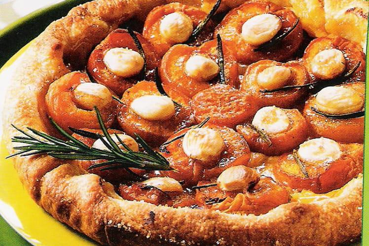 Tarte aux abricots et au romarin