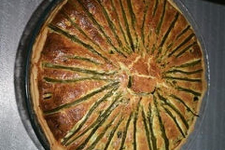 Tarte aux courgettes, asperges et parmesan