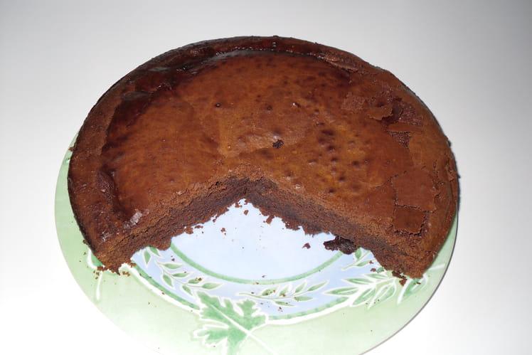 Gâteau au chocolat et beurre salé