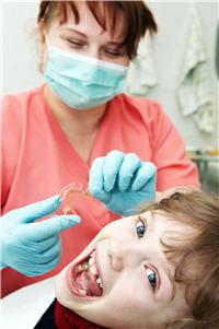 orthodontiste : le spécialiste des appareils dentaires.