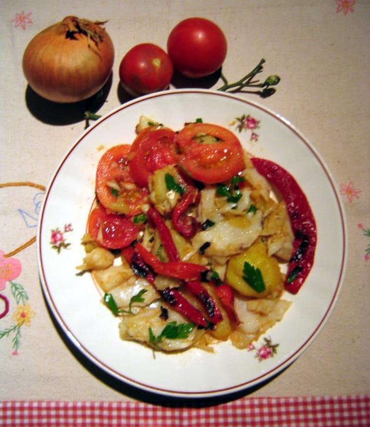 recette de salade de morue pommes de terre et poivrons rouges la recette facile. Black Bedroom Furniture Sets. Home Design Ideas