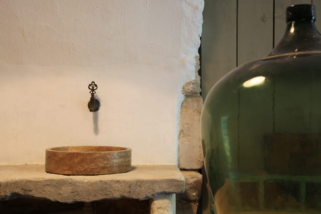 Une vasque en marbre