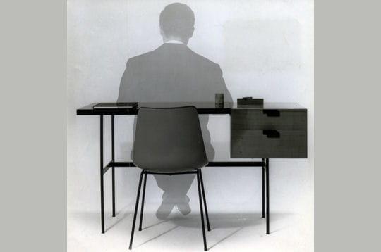 pierre paulin chaise et bureau cm141. Black Bedroom Furniture Sets. Home Design Ideas