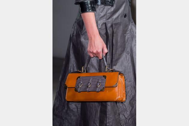 Le sac à main à soufflets du défilé Bottega Veneta