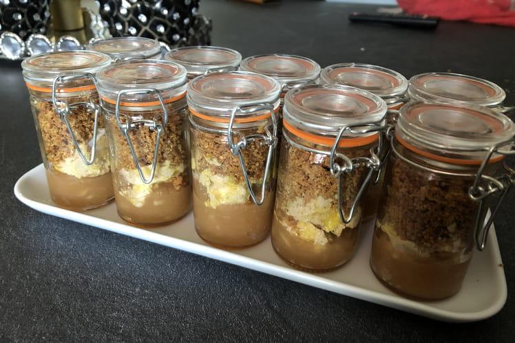 Crumble de foie gras et sa compotée de pommes au Porto