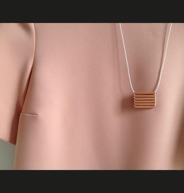 DIY: un collier en cuivre, chic et trendy