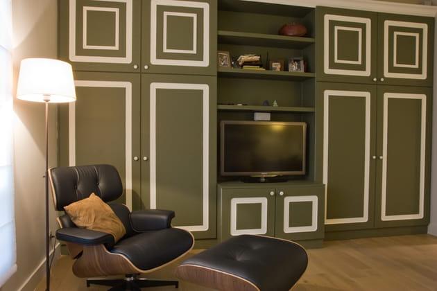 Un salon télé vintage