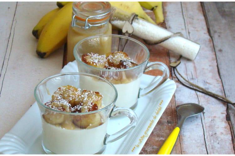 Panna cotta à la noix de coco et à la banane