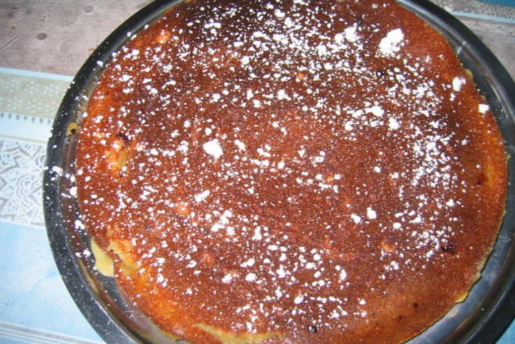 Gâteau au yaourt et compote de rhubarbe