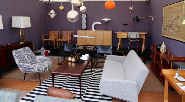 les puces du design organise une seconde dition la. Black Bedroom Furniture Sets. Home Design Ideas
