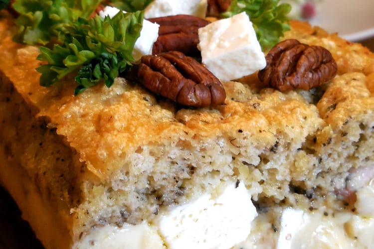 Gâteau magique olives, lardons et feta