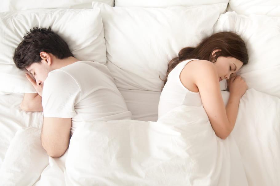 Hommes et femmes, inégaux jusque dans le sommeil