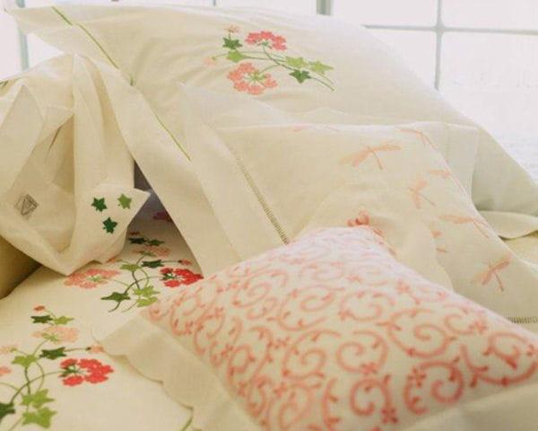 parure geranium de no l. Black Bedroom Furniture Sets. Home Design Ideas