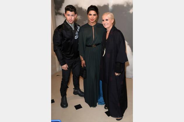 Priyanka Chopra, Nick Jonas et Maria Grazia Chiuri au défilé Christian Dior