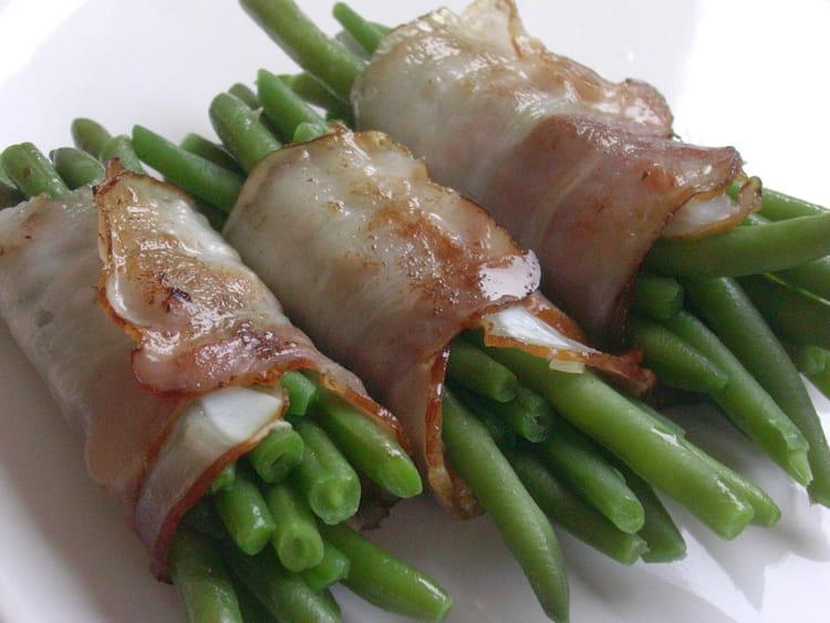 Recette de fagots de haricots au lard la recette facile - Cuisiner haricot vert ...