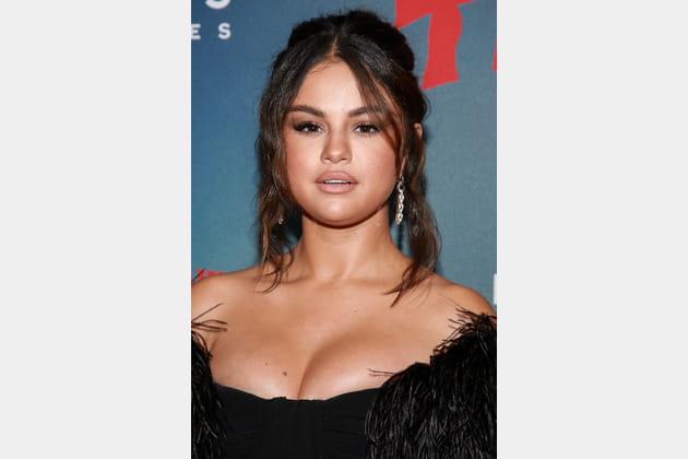 Flop: Selena Gomez et son make-up nude