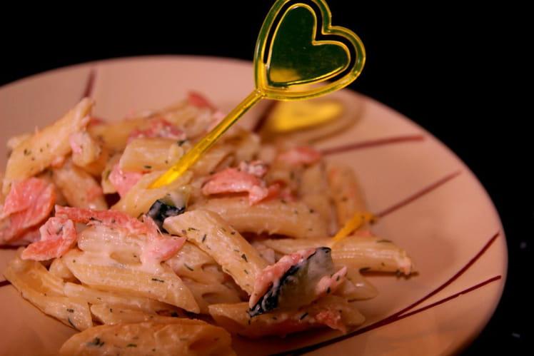 Pâtes au saumon à la courgette grillée