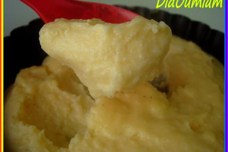 Crèmes épaisses à la vanille (sans four)