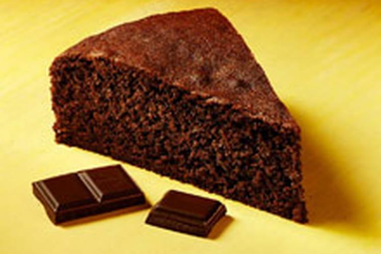 Gâteau fondant au chocolat tout simple