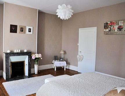 decoration mur beige. Black Bedroom Furniture Sets. Home Design Ideas