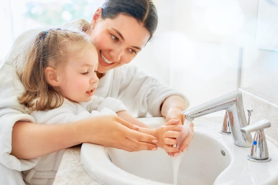 5astuces ludiques pour donner envie aux enfants de se laver les mains