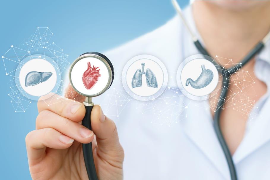 Fuite de la valve mitrale: symptômes, grades, causes, traitements