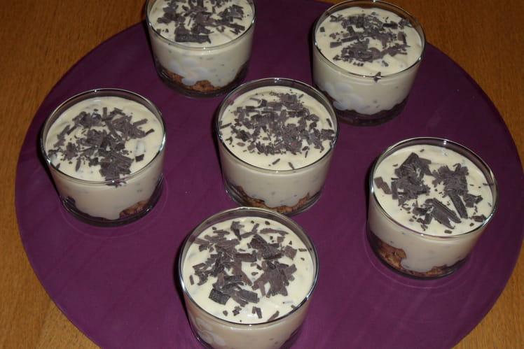 Mousse stracciatella au chocolat blanc