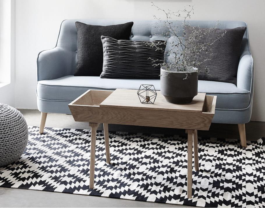 une table basse en bois brut pour le salon une table basse originale qui change journal des. Black Bedroom Furniture Sets. Home Design Ideas