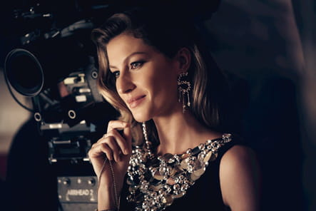 Les coulisses de la dernière campagne de Chanel N°5 avec Gisèle Bündchen