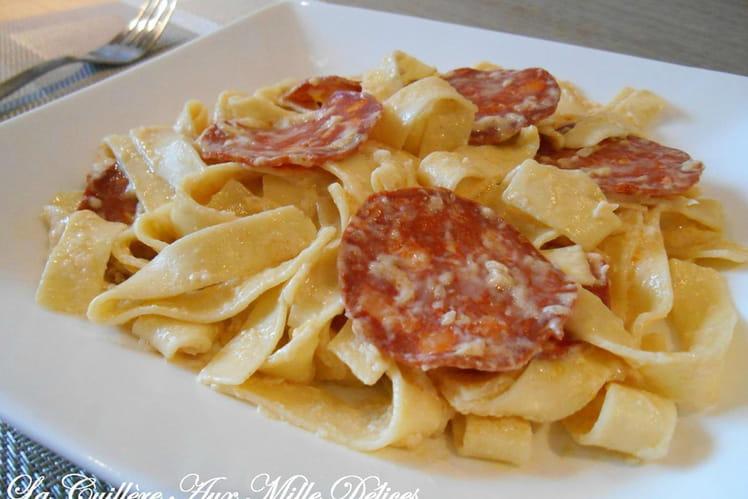 Tagliatelles au chorizo & parmesan