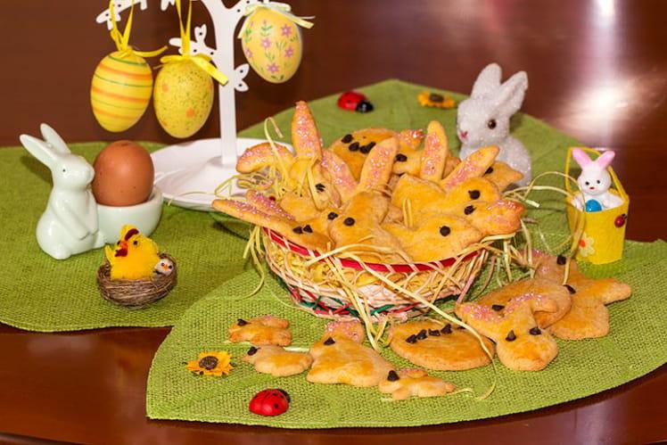 Petits sablés de Pâques aux pépites de chocolat