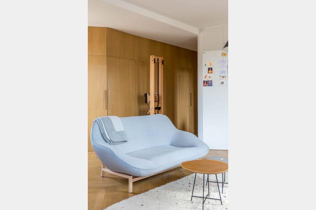 Une assise enveloppante façon cocon pour faire salon