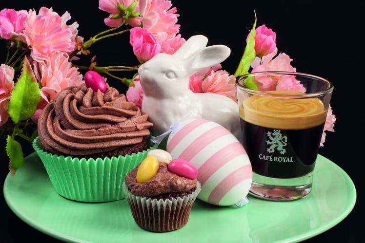 Muffins moelleux au chocolat et à l'expresso, glaçage beurre-café