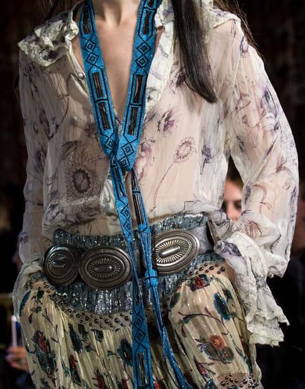 L'écharpe cravate du défilé Roberto Cavalli