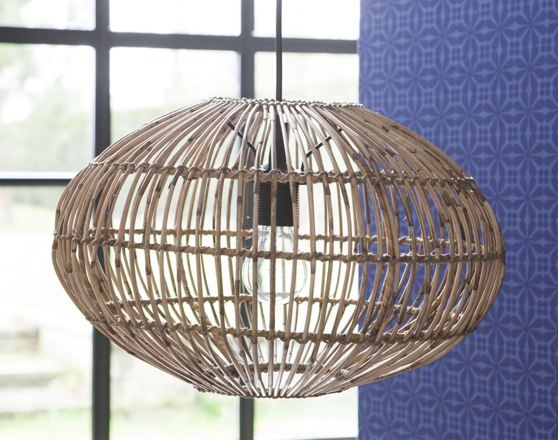 suspension en rotin de becquet. Black Bedroom Furniture Sets. Home Design Ideas