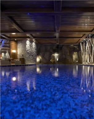 piscine du spa givenchy cheval blanc à courchevel
