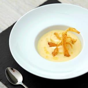 velouté de panais aux pommes, crème de camembert